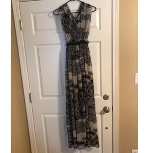 NWT Ark & Co black and grey print maxi dress 💕